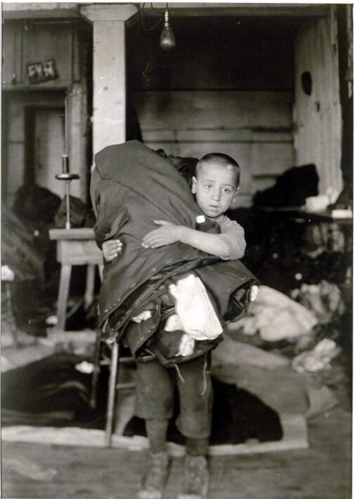 美国摄影师刘易斯•海因拍摄的童工劳动场景<br />