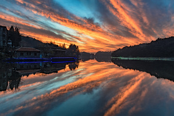庐山—如琴湖