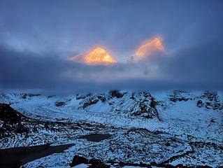 116-2013年10月,尼泊尔EBC,珠峰与努子峰双峰并立。 拷贝