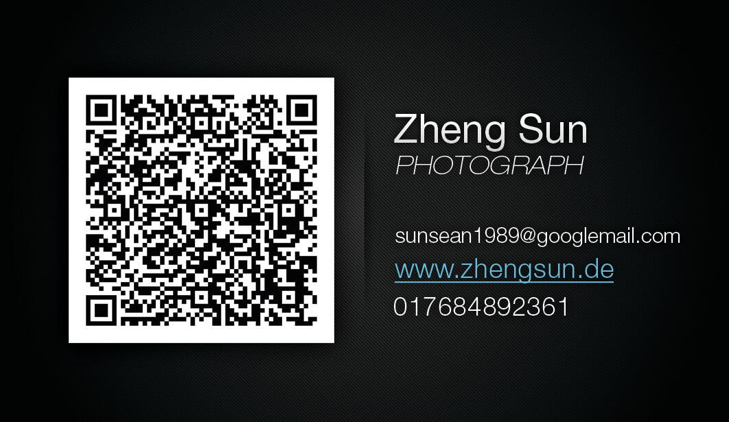 """名片 business card Visitenkarten <br /> 我的主页:  &lt;a href=&quot;<a href=""""http://www.zhengsun.de&quot;"""" target=""""_blank"""" rel=""""nofollow"""">http://www.zhengsun.de&quot;</a> target=&quot;_blank&quot; rel=&quot;nofollow&quot;&gt;<a href=""""http://www.zhengsun.de&lt;/a&gt;"""" target=""""_blank"""" rel=""""nofollow"""">www.zhengsun.de&lt;/a&gt;</a><br /> fb页面:      &lt;a href=&quot;<a href=""""https://www.facebook.com/ZhengSunPhotography&quot;"""" target=""""_blank"""" rel=""""nofollow"""">https://www.facebook.com/ZhengSunPhotography&quot;</a> target=&quot;_blank&quot; rel=&quot;nofollow&quot;&gt;<a href=""""https://www.facebook.com/ZhengSunPhotography&lt;/a&gt;"""" target=""""_blank"""" rel=""""nofollow"""">https://www.facebook.com/ZhengSunPhotography&lt;/a&gt;</a><br /> flickr:        &lt;a href=&quot;<a href=""""http://www.flickr.com/photos/49689975@N06&quot;"""" target=""""_blank"""" rel=""""nofollow"""">http://www.flickr.com/photos/49689975@N06&quot;</a> target=&quot;_blank&quot; rel=&quot;nofollow&quot;&gt;<a href=""""http://www.flickr.com/photos/49689975@N06&lt;/a&gt;"""" target=""""_blank"""" rel=""""nofollow"""">http://www.flickr.com/photos/49689975@N06&lt;/a&gt;</a><br /> 500PX:        &lt;a href=&quot;<a href=""""http://500px.com/ZhengSun&quot;"""" target=""""_blank"""" rel=""""nofollow"""">http://500px.com/ZhengSun&quot;</a> target=&quot;_blank&quot; rel=&quot;nofollow&quot;&gt;<a href=""""http://500px.com/ZhengSun&lt;/a&gt;"""" target=""""_blank"""" rel=""""nofollow"""">http://500px.com/ZhengSun&lt;/a&gt;</a><br /> <br /> 德国或者欧洲约拍 <br /> fb &lt;a href=&quot;<a href=""""https://www.facebook.com/zheng.sun.587&quot;"""" target=""""_blank"""" rel=""""nofollow"""">https://www.facebook.com/zheng.sun.587&quot;</a> target=&quot;_blank&quot; rel=&quot;nofollow&quot;&gt;<a href=""""https://www.facebook.com/zheng.sun.587&lt;/a&gt;"""" target=""""_blank"""" rel=""""nofollow"""">https://www.facebook.com/zheng.sun.587&lt;/a&gt;</a><br /> 或者手机联系哈~~~  +4917684892361<br /> <br /> <br /> Q&amp;A 挑了几个最经常问到的问题,统一回答。<br /> <br /> <br /> 柔光箱和柔光伞有什么区别?<br /> 柔光箱方向性强,光全部从前面射出。后面不会漏光。 前方光的柔化比柔光伞好一些,死光现象很不明显。<br /> 柔光伞,光方向性不强,一部分光线会透过柔光箱射出,一部分会反射,"""