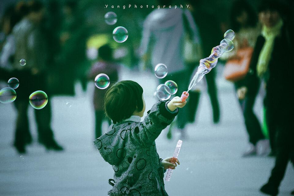 泡泡是一个拍不完的题材。<br />