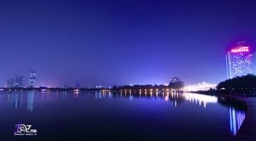 玄武湖夜景