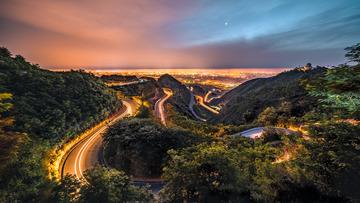 西安最美环山公路夜景--送桌面