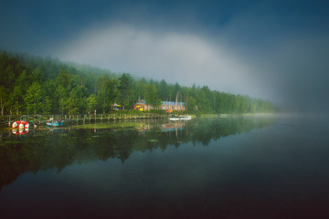 雾虹,鹿鸣湖清晨