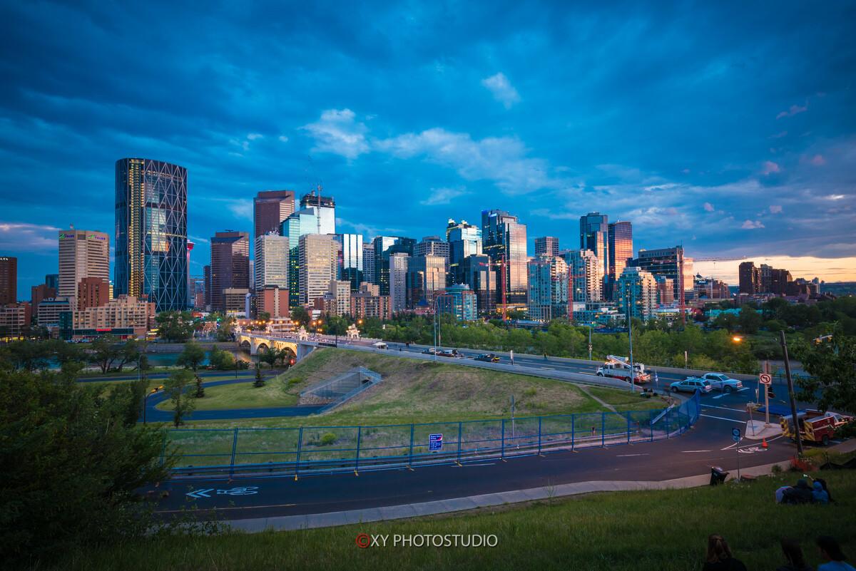 9:59PM的Calgary