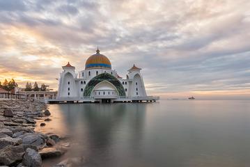 Masjid Selat Melaka 马六甲海上清真寺