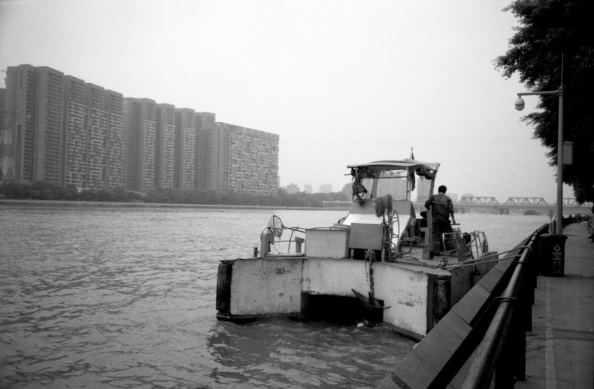 6866体育登录-香港新闻:佛诞节维港两岸祈福国泰民安、香港繁荣
