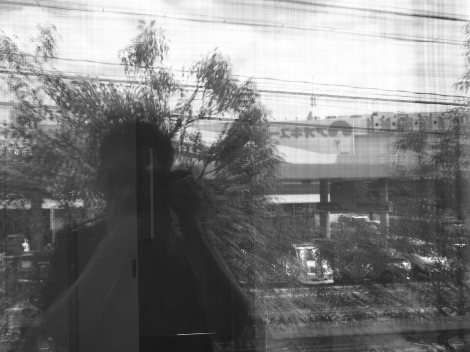 窗上的自己<br />