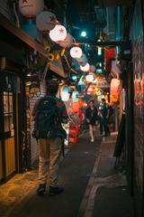 东京。第一次想要更大的光圈很好的设备。